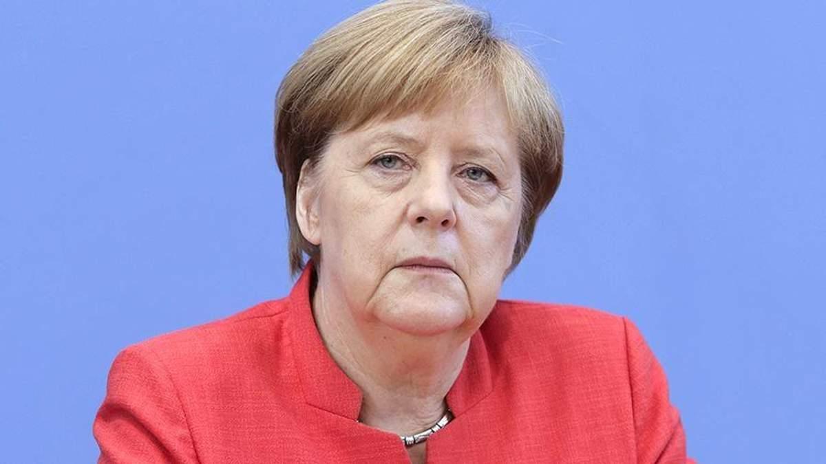 """""""Я жива і здорова"""", – Меркель прокоментувала чутки про свою відставку"""