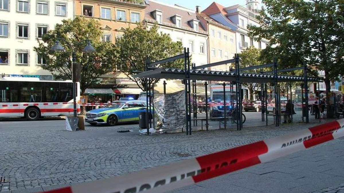 В Германии беженец из Афганистана с ножом напал на прохожих