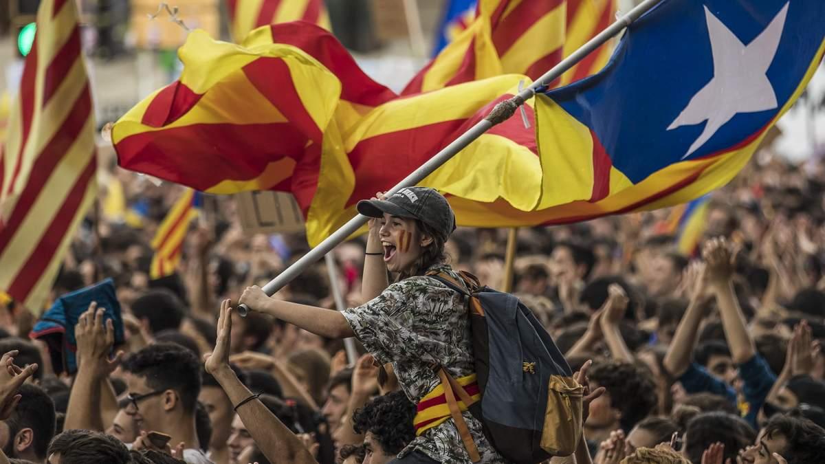 Протести у річницю референдуму в Каталонії: активісти заблокували автошляхи та залізниці
