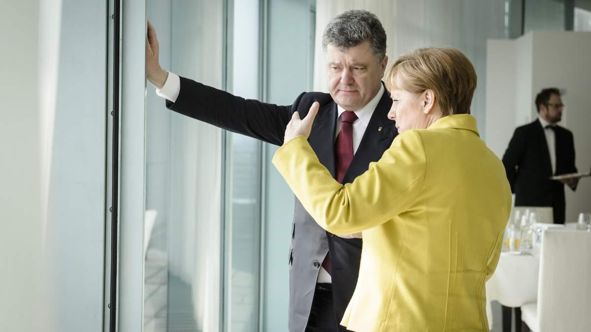 Про що напередодні візиту в Україну Меркель говорила з Порошенком: відомі деталі