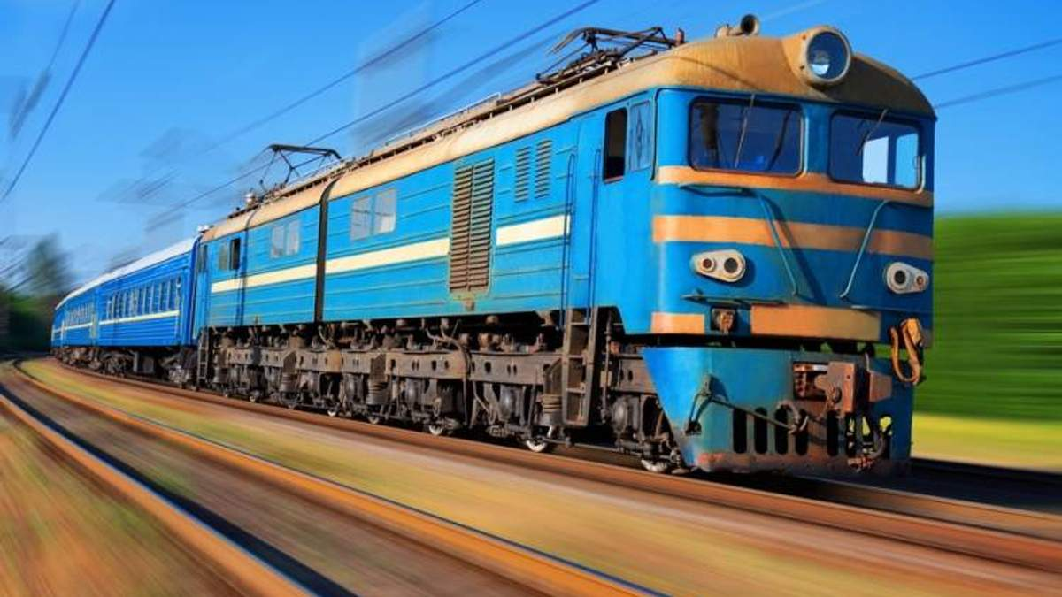 """""""Укрзалізниця"""" в кінці жовтня та на початку листопада змінить маршрути 3 швидкісних поїздів"""