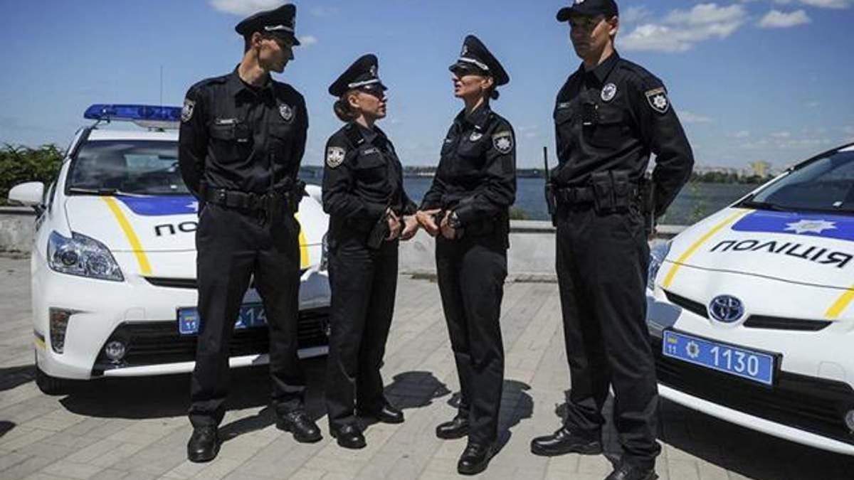 В Україні штрафуватимуть за незаконне використання найменування та символіки поліції
