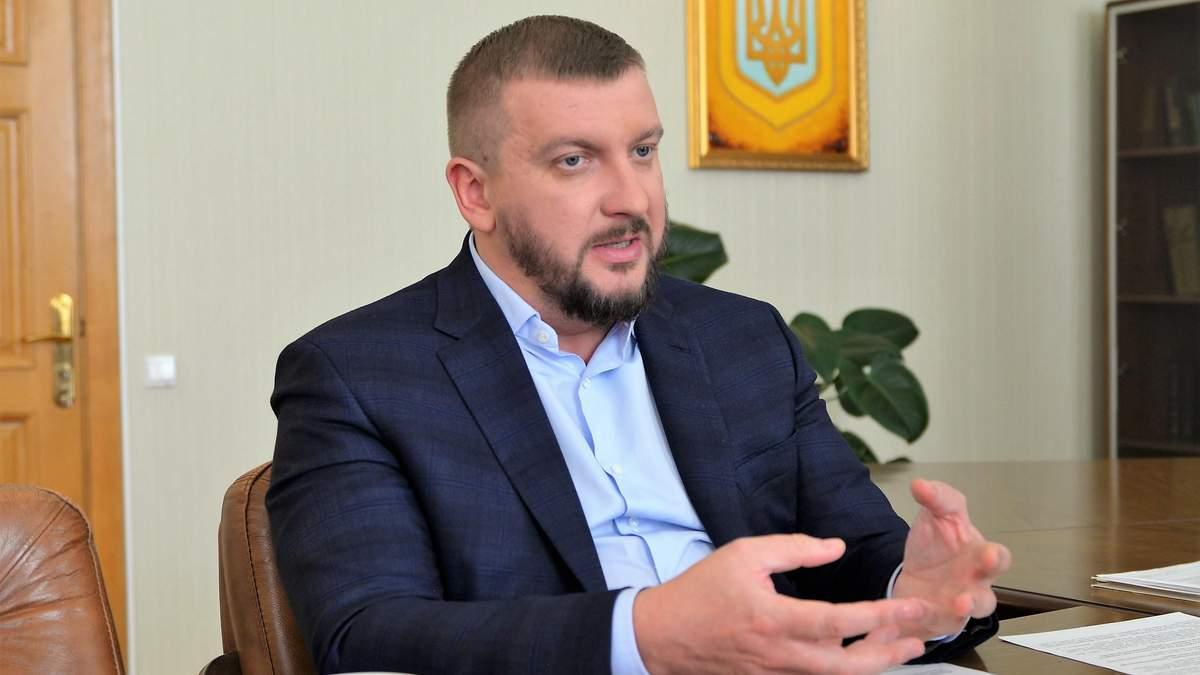 НАБУ розпочало перевірку е-декларацій міністра юстиції Петренка