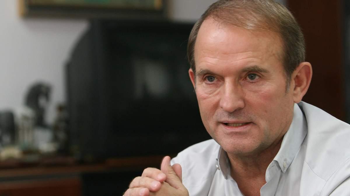 У Раді збирають підписи за введення санкцій проти телеканалів 112 та NewsOne