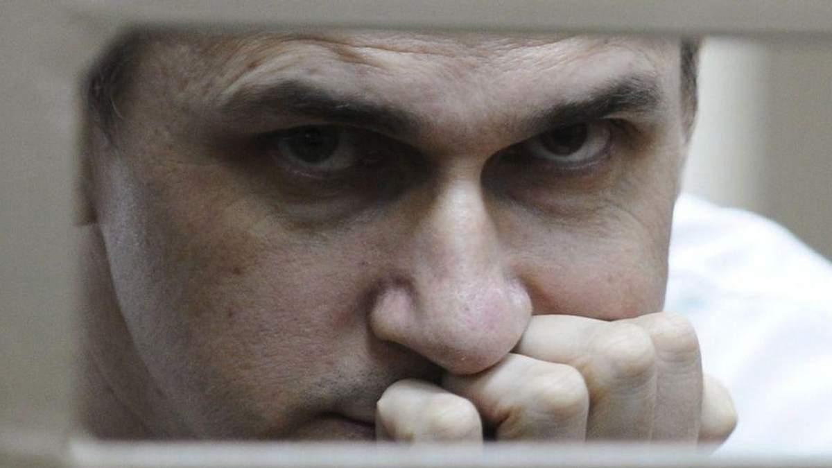 """""""Він не хотів бути овочем в реанімації"""": адвокат про рішення Сенцова припинити голодування"""