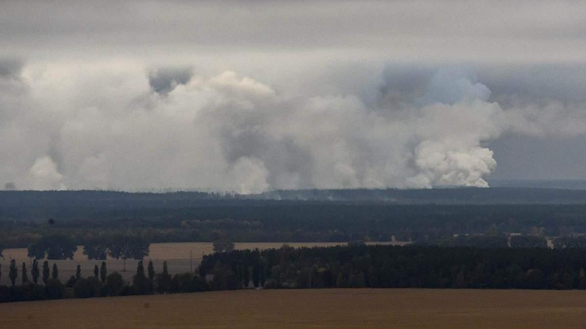 Вибухи боєприпасів в Ічні: у Генштабі заявляють про початок гасіння пожежі