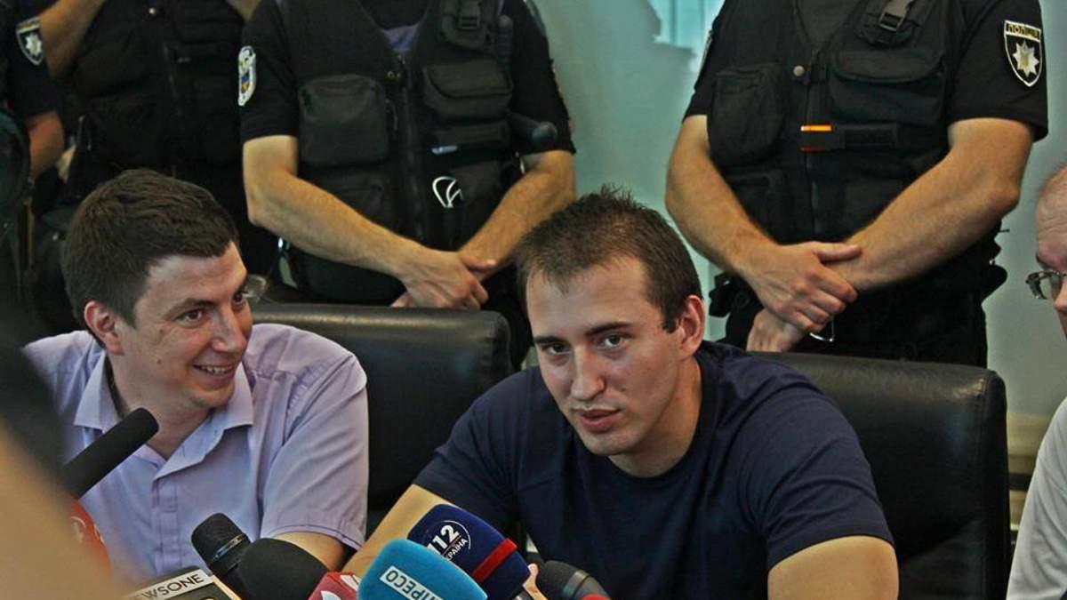 Хто такий Сергій Мазур, в чию квартиру кинули гранату