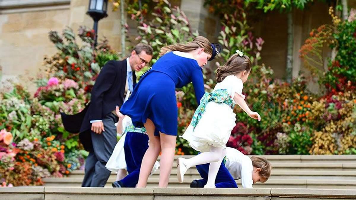 Внучка Елизаветы II засветила белье во время королевской свадьбы: пикантные фото