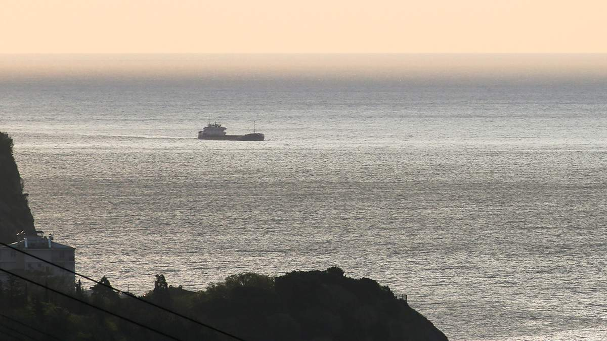 Поблизу Севастополя затонув корабель під прапором Панами