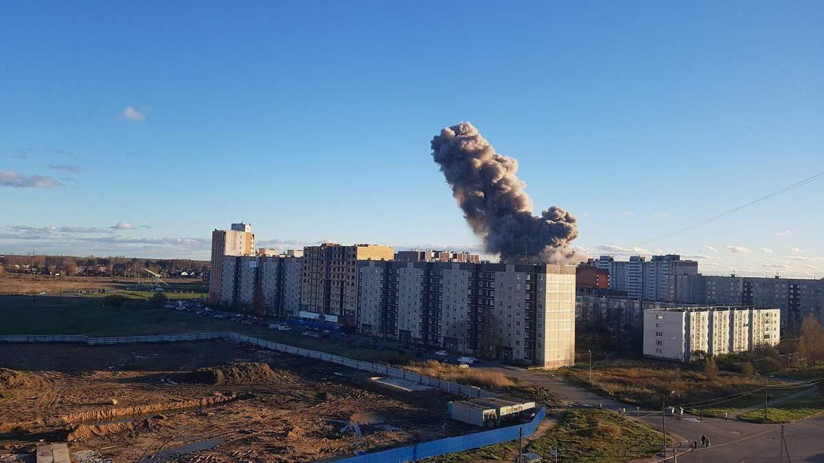Під Санкт-Петербургом на заводі піротехніки стався потужний вибух: фото та відео