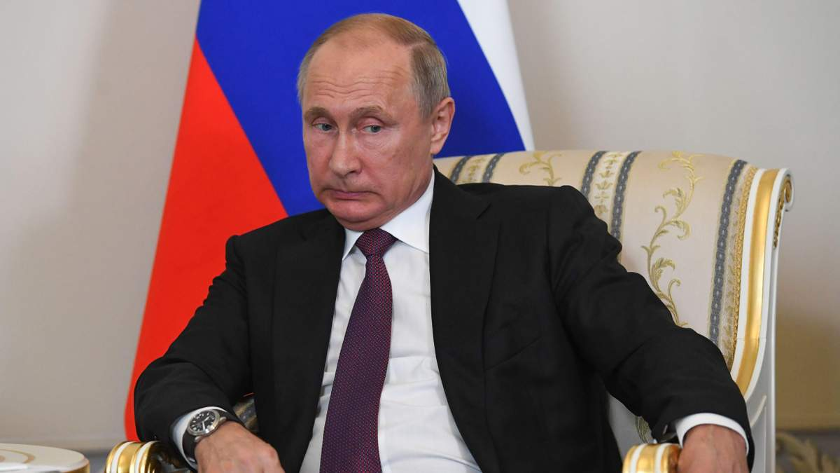 Почему Путин нервно реагирует на бойню в колледже в Керчи: журналист объяснила причины