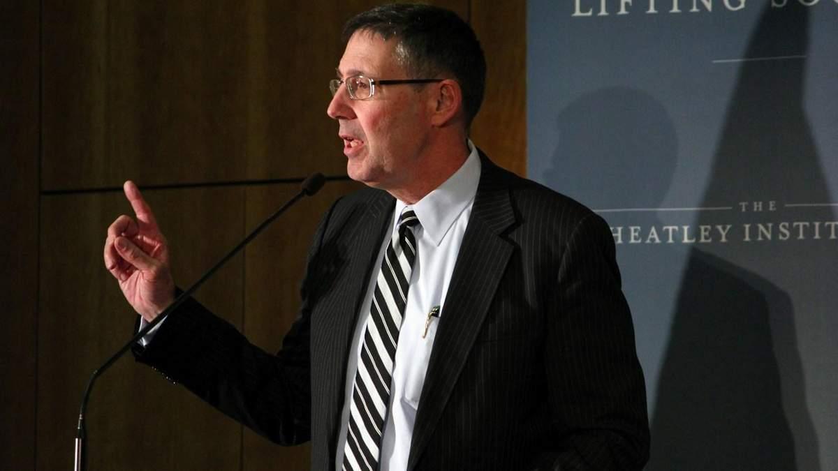 Экс-посол США в Украине рассказал, как остановить Кремль