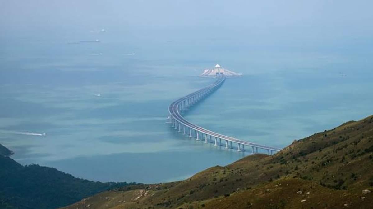 В Китае открылся самый длинный морской мост в мире