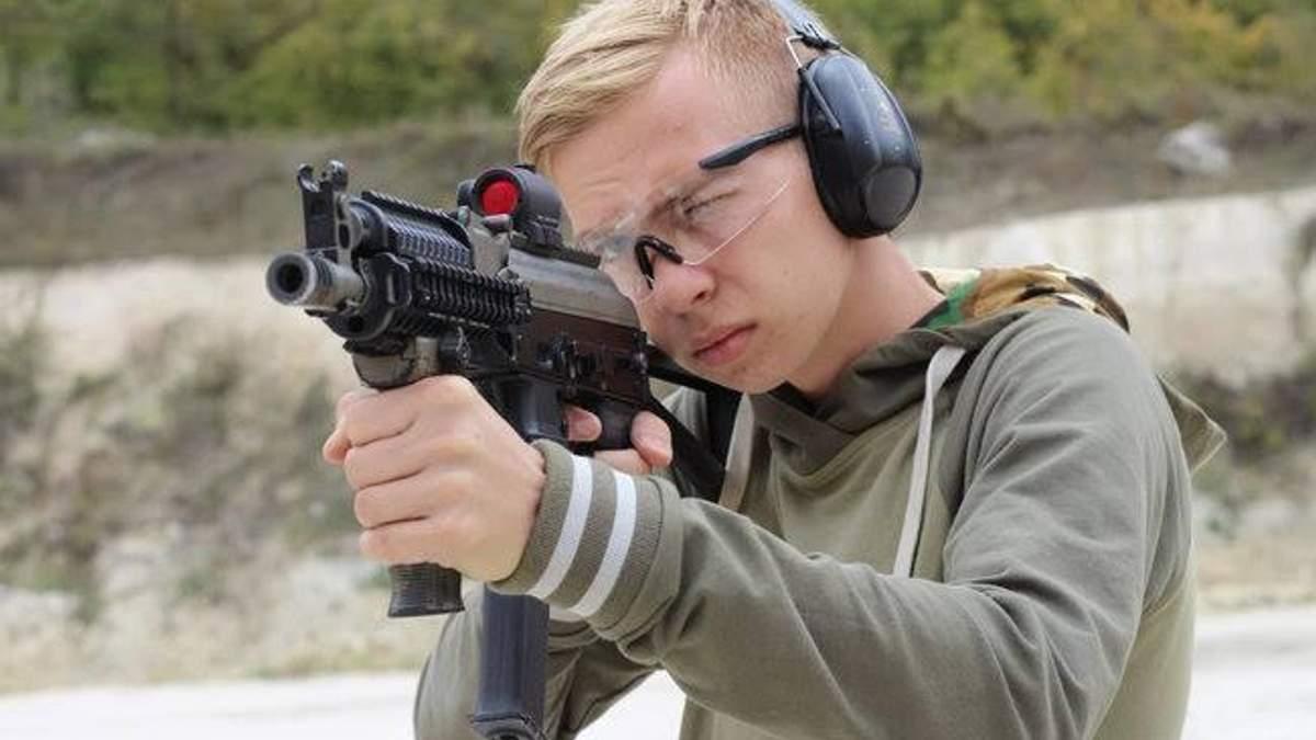 Масове вбивство у Керчі: матір стрільця Рослякова потрапила до психлікарні
