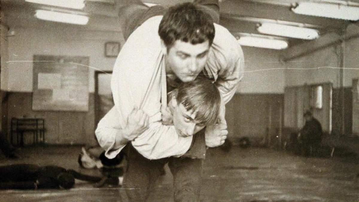 В юности Путин работал каскадером в фильмах: фотодоказательства