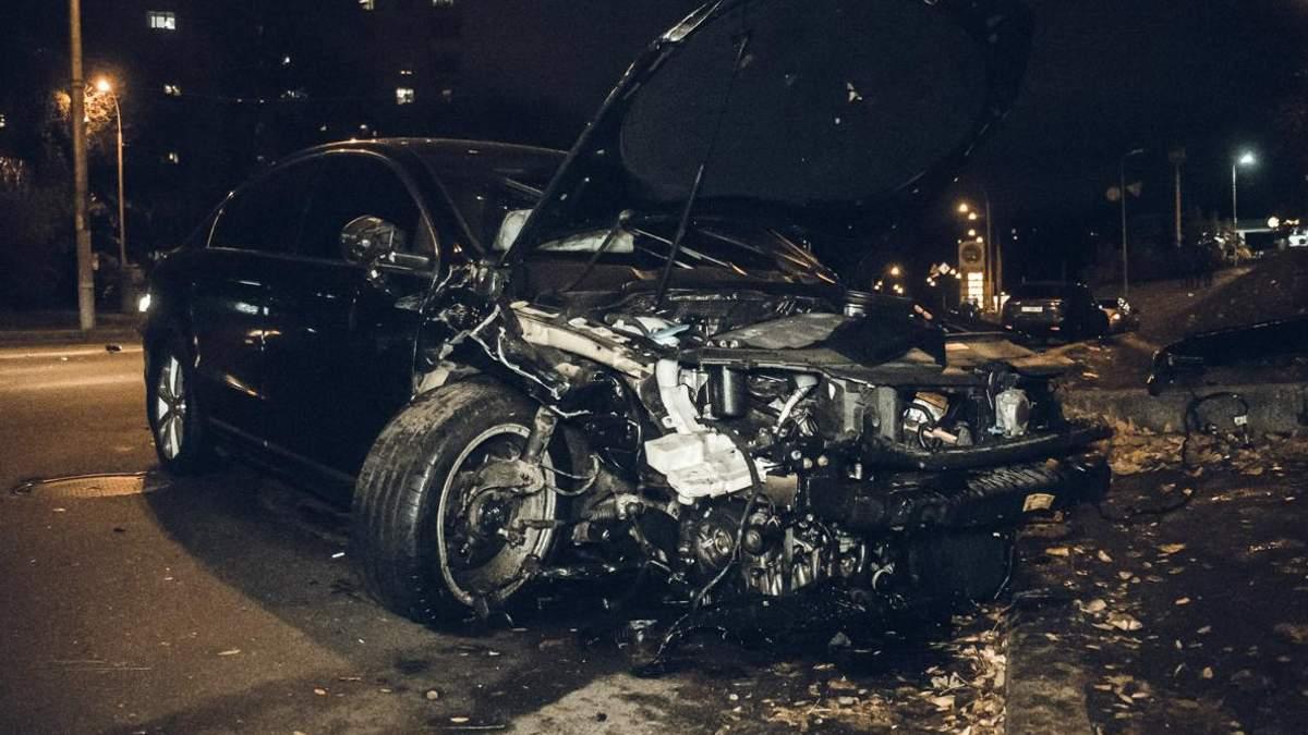 Подвійна ДТП у Києві: п'яний гонщик влетів у чотири автомобілі – фото