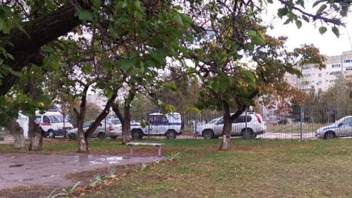 Из школы Севастополя эвакуировали всех детей из-за подозрительной находки