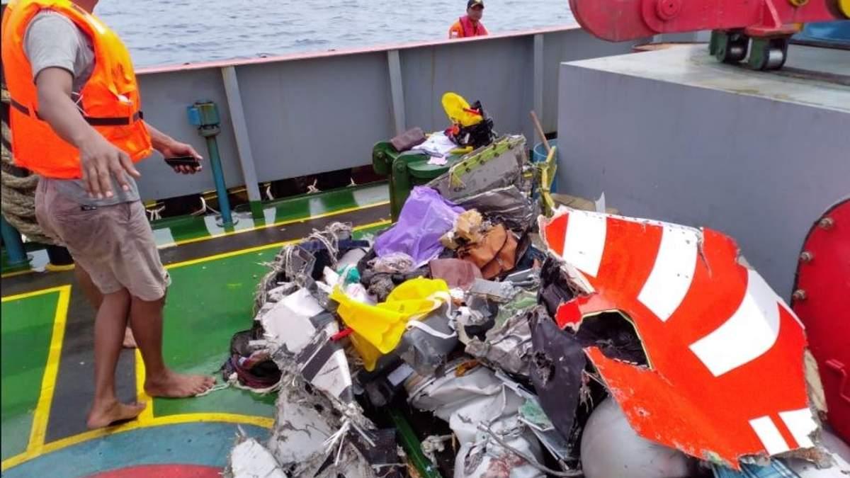 Аварія Boeing 737 в Індонезії:  з'явились перші подробиці про літак