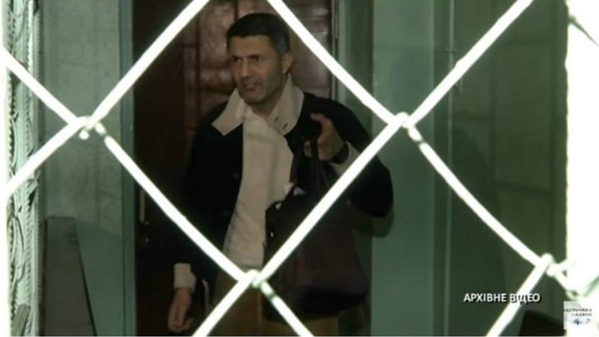 Замовника вбивства власника ТЦ 4room намагаються звільнити відомі політики: з'явилися документи