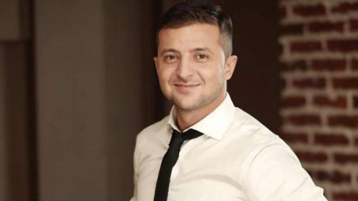 Зеленський вийшов на друге місце у президентських перегонах, – опитування