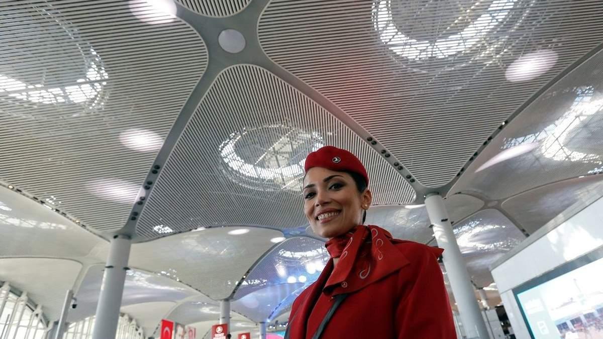 У Туреччині відкриють найбільший у світі аеропорт: скільки людей він зможе прийняти