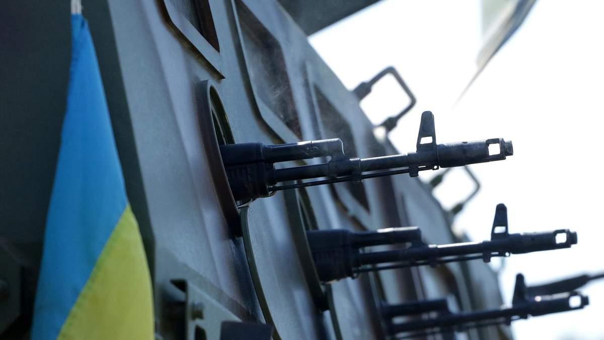 Українські військові отримали нові бронетранспортери: фото