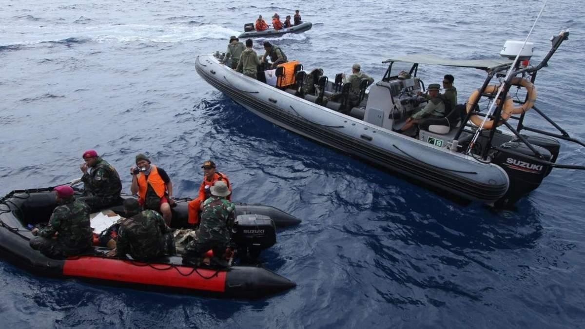 В Яванском море обнаружили фюзеляж Boeing 737 который разбился в Индонезии