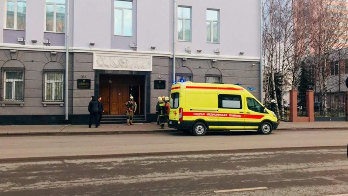 У будівлі ФСБ у Архангельску стався вибух: одна людина загинула, три співробітники служби постраждали