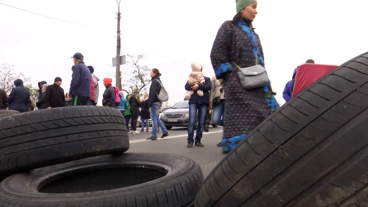 В Киеве люди остались без света через застройщика: почему они же в этом виноваты