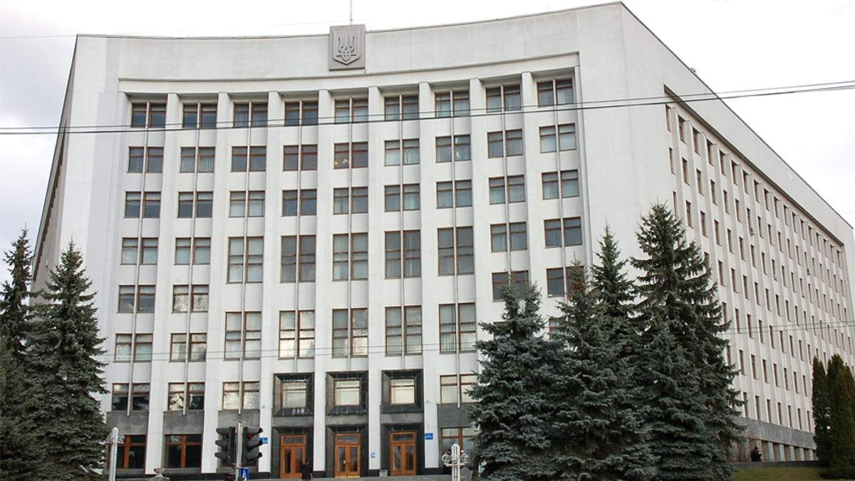 Тернопольский областной совет запретил использование русскоязычного культурного продукта