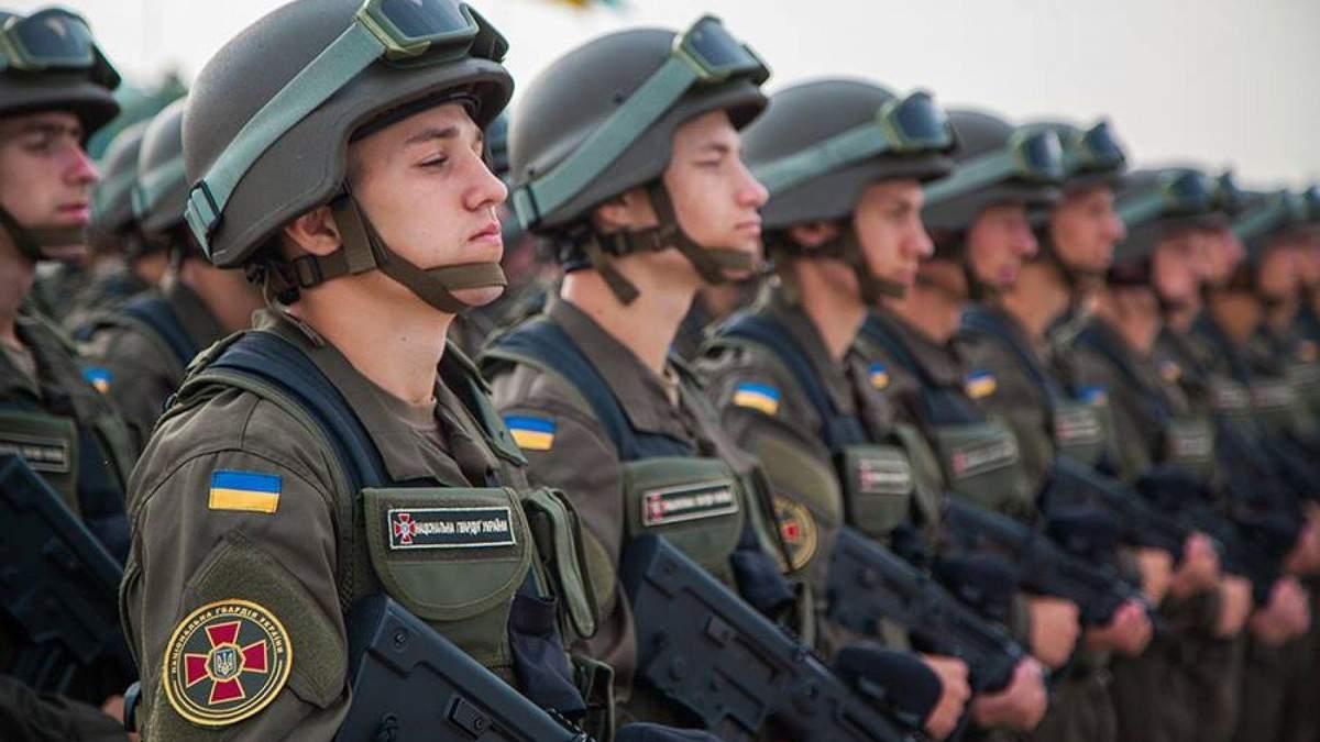 Скільки військових підписали контракт із ЗСУ від початку року: відомі цифри