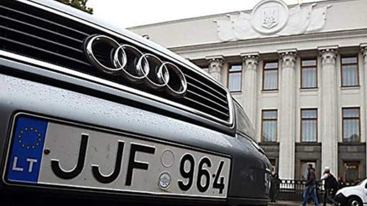 """Новые требования """"евробляхеров"""": почему владельцы авто на еврономерах шантажируют политиков"""