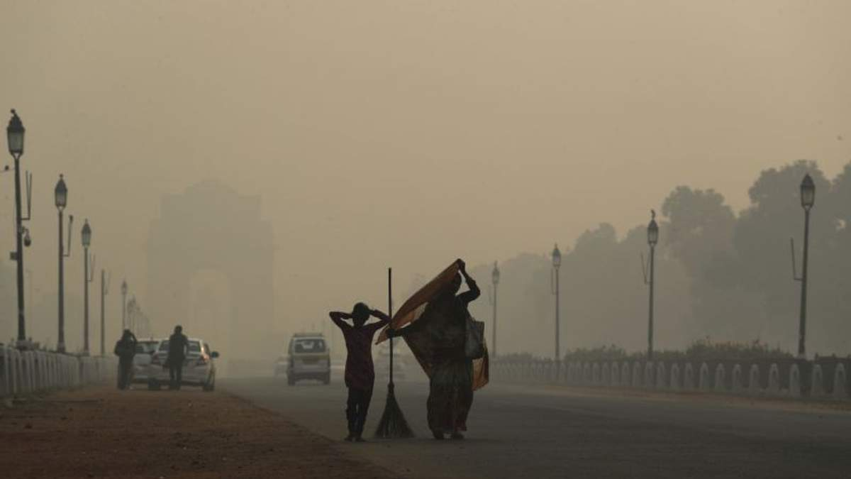 Столицу Индии охватил опасный токсичный смог