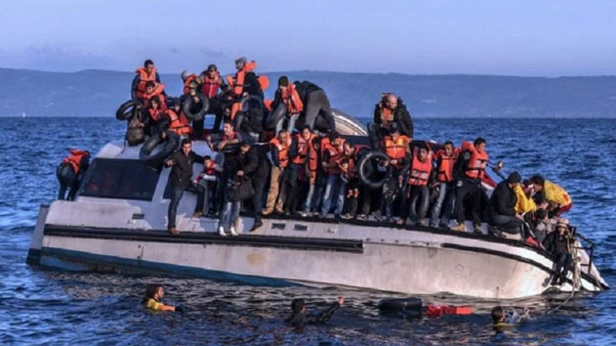 Поряд із узбережжям Іспанії врятовано понад 300 мігрантів