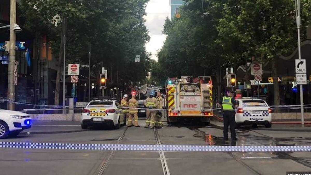 В Мельбурне мужчина протаранил торговый центр