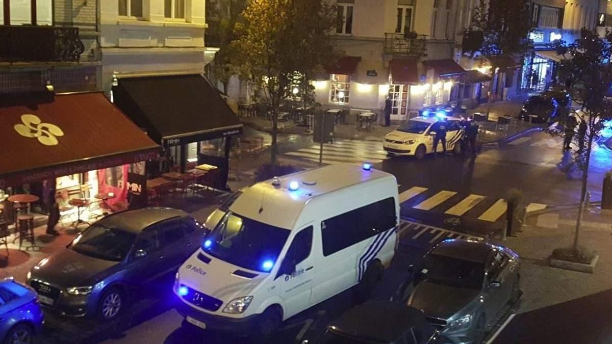 Чоловік погрожував зброєю у ресторані Брюсселя