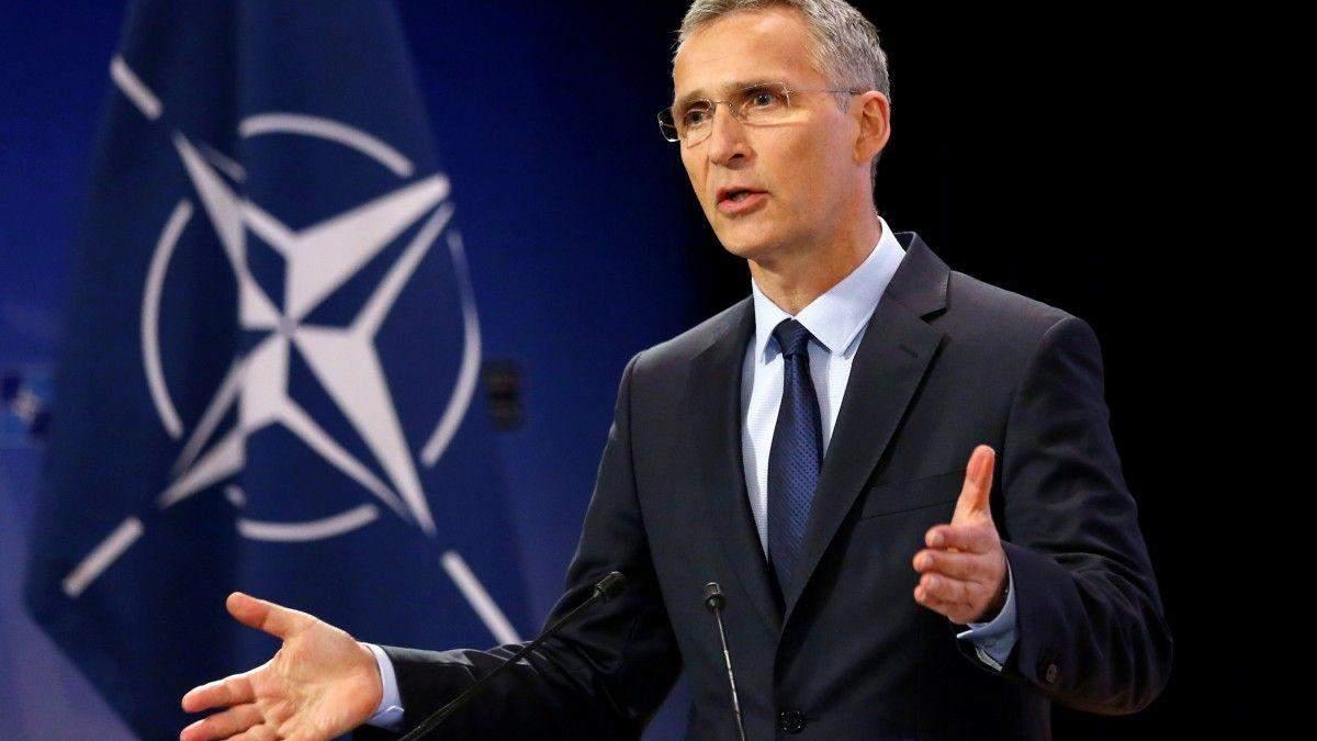 У НАТО прокоментувалиа конфлікт Макрона і США