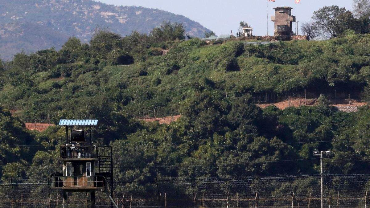 Южная и Северная Кореи сносят пограничные посты