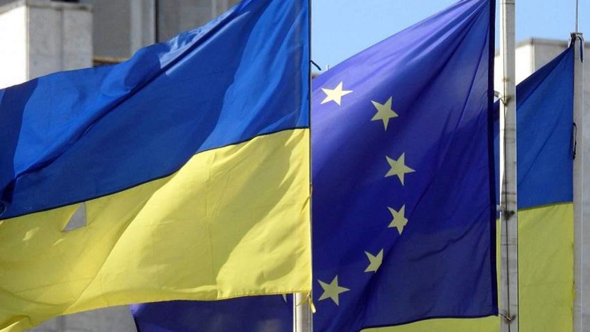 Евросоюз требует от России прекратить подпитывать конфликт на Донбассе