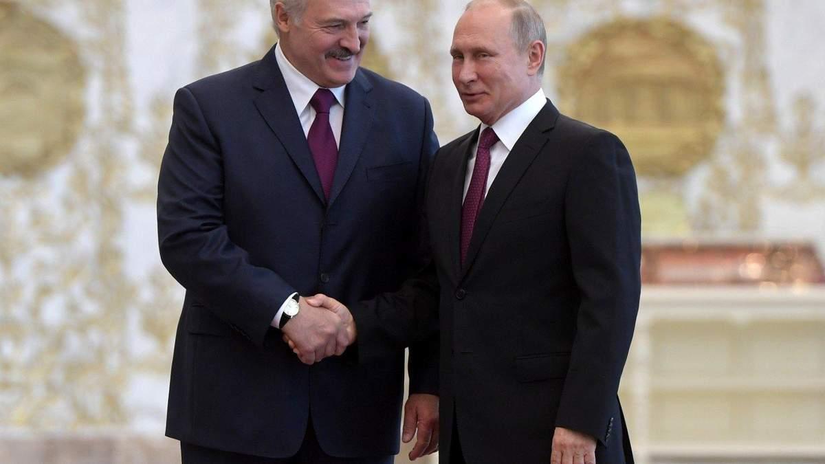 Лукашенко хоче, щоб посол Білорусі мав цілодобовий доступ до Путіна
