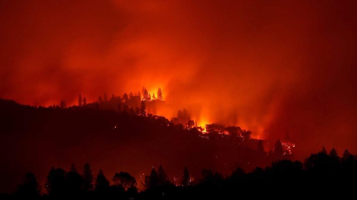 Страшный пожар в Калифорнии уничтожил свыше 7 тысяч домов