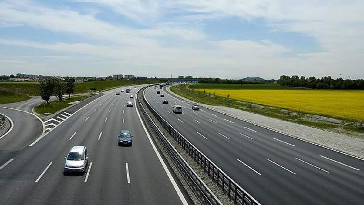 Мінрегіон пропонує підвищити рівень безпеки на трасах