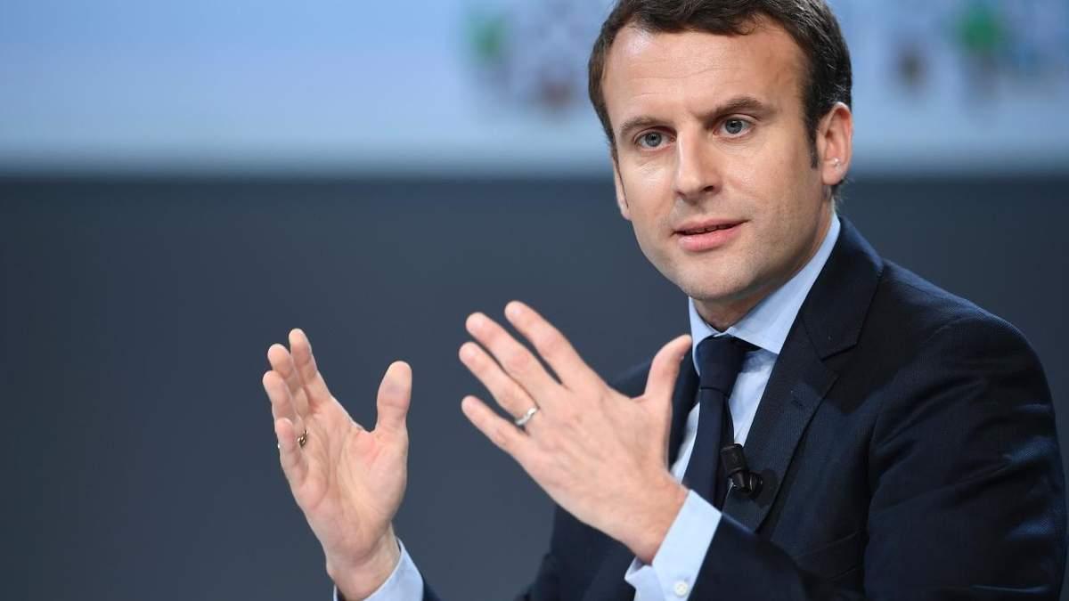 Францію сколихнули протести: рейтинг Макрона впав до рекордно низького рівня