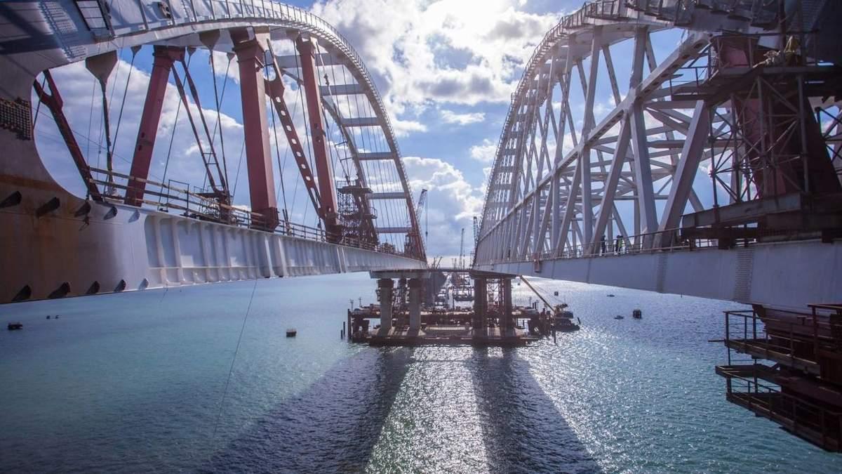 Кримський міст зміщується: у МінТОТ показали фотодокази