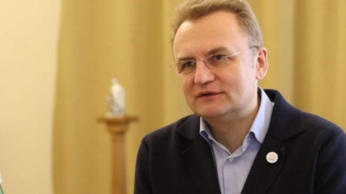 Садовий засудив напад на Гриценка в Одесі