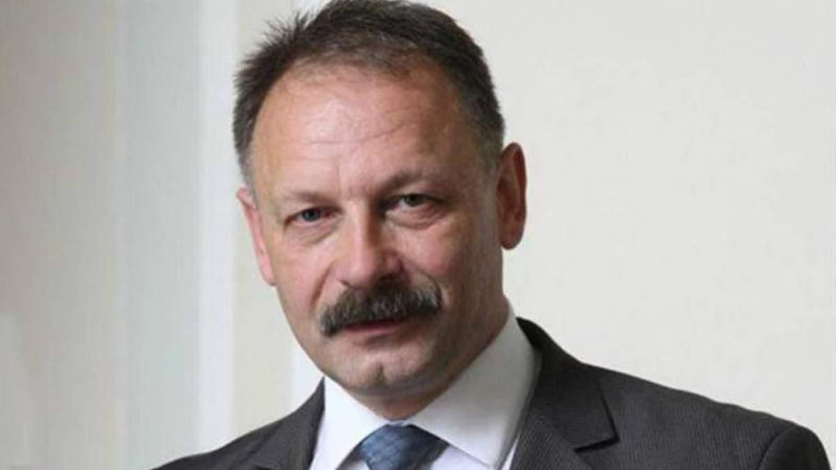 Автомайдановцев хотят посадить в тюрьму за то, что они бросали яйцами в депутата