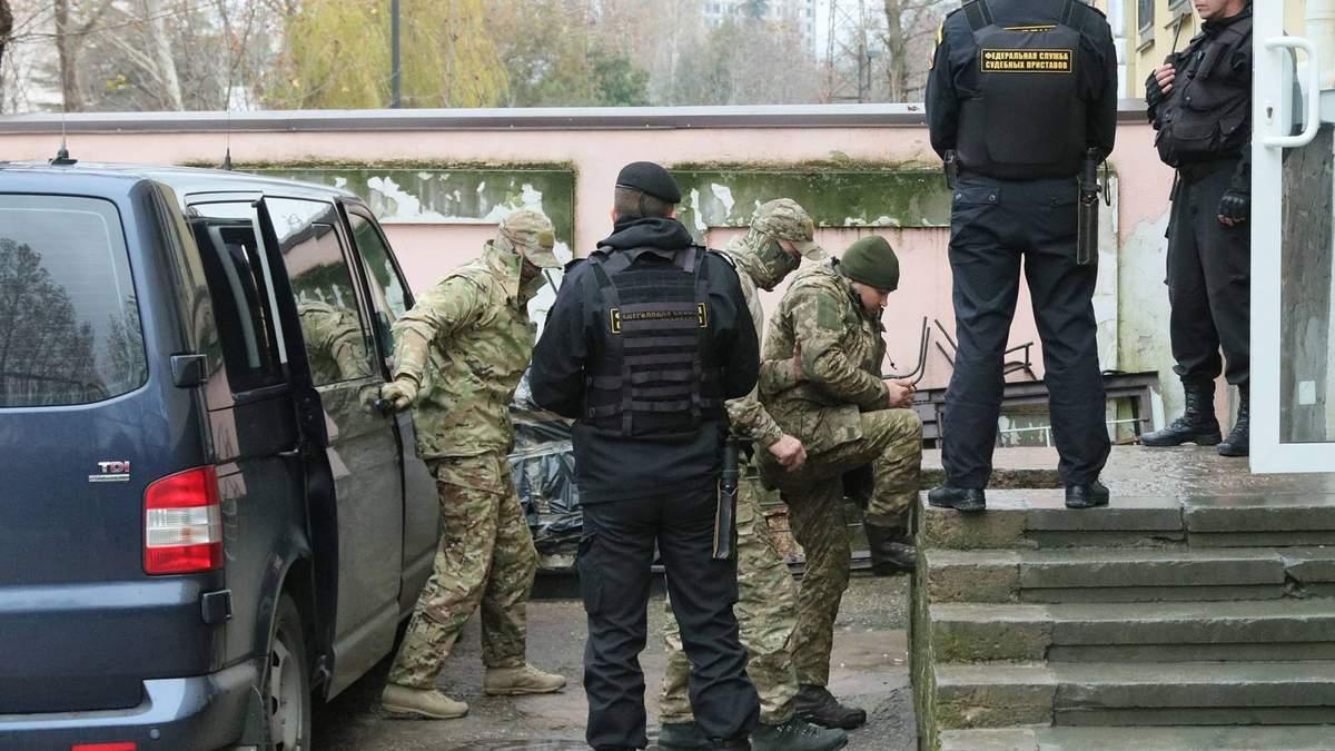 Пленных украинских моряков вывозят из СИЗО Симферополя, – Чийгоз