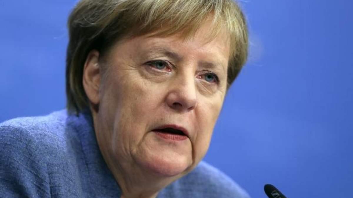 Самолет с Ангелой Меркель совершил вынужденную посадку: канцлер прокомментировала причину