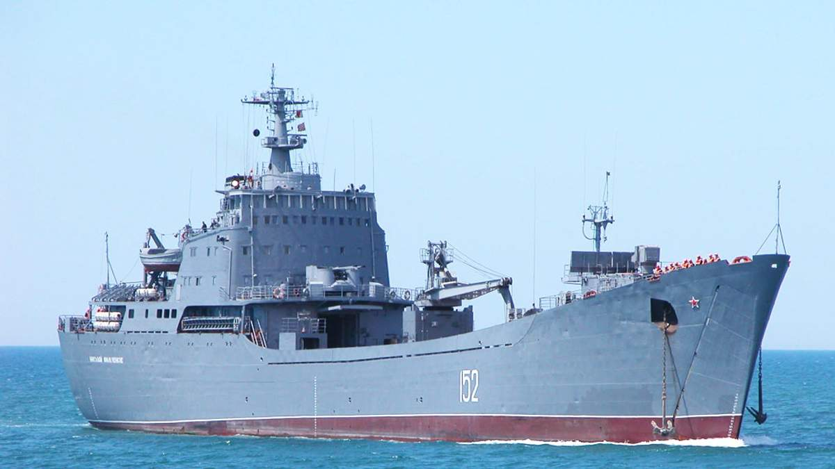 Почему спецслужбы не обращают внимания на российские корабли на территории Украины