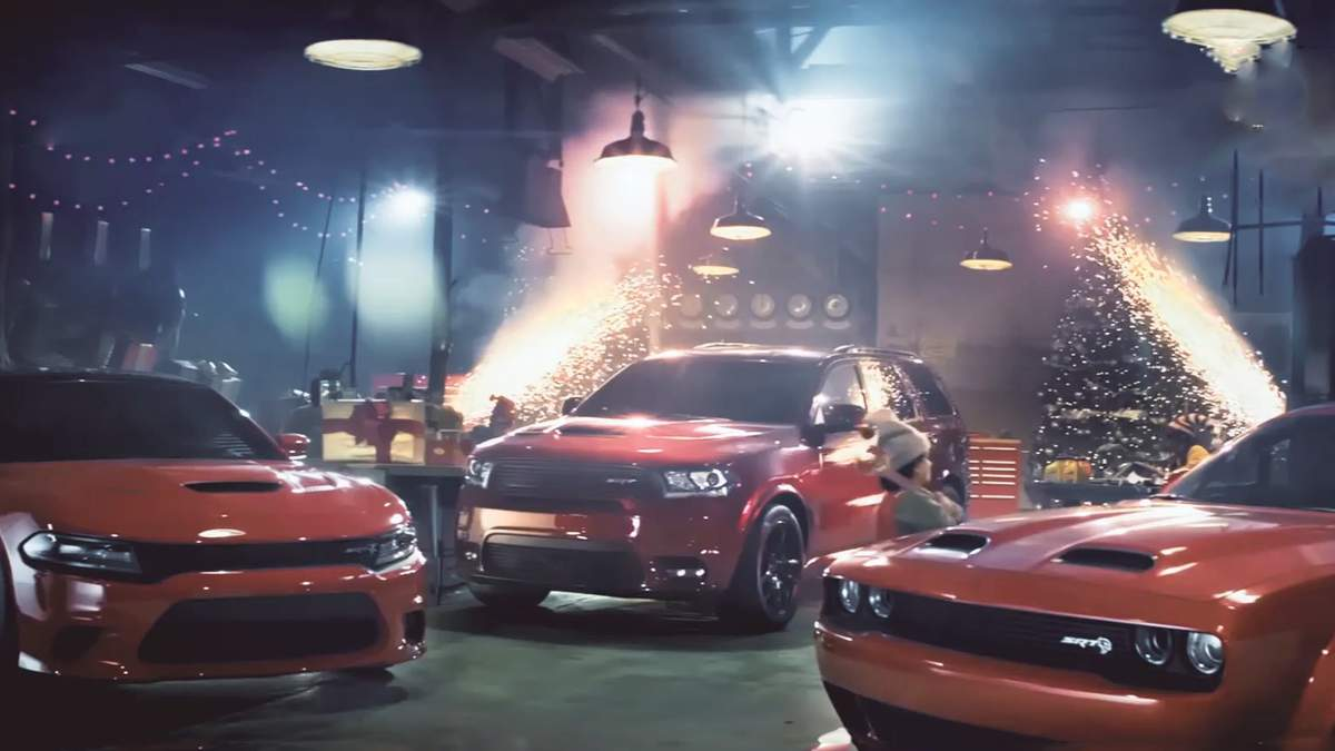 Компанія Dodge створила потужний транспорт для Діда Мороза